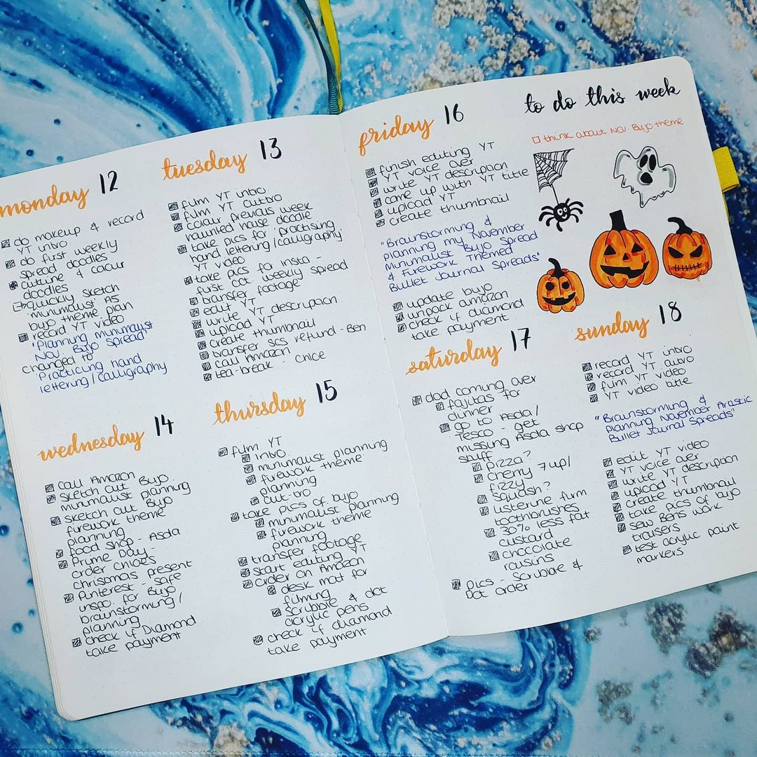 Halloween Weekly Spread